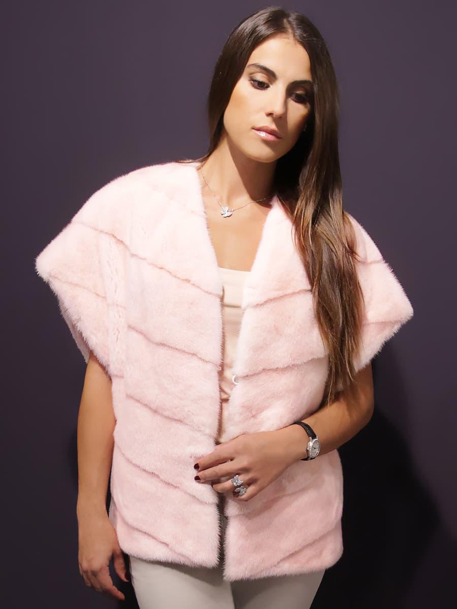 Жилет из норки розовый короткий